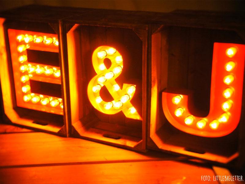letras luz bodas